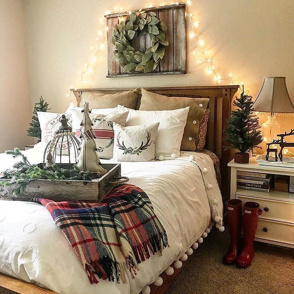 Beautiful Winter Bedroom Decor Ideas 15