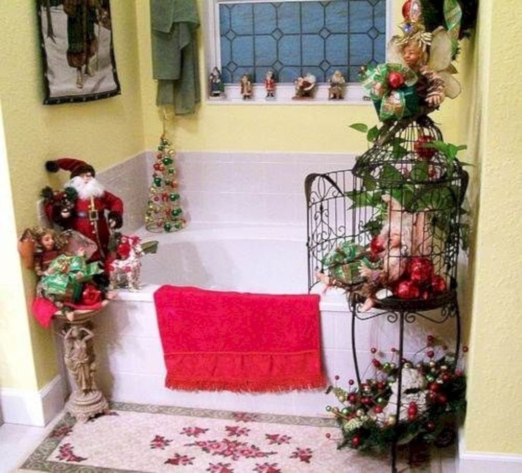 Fabulous Christmas Theme Bathroom Decor Ideas Trend 2019 27