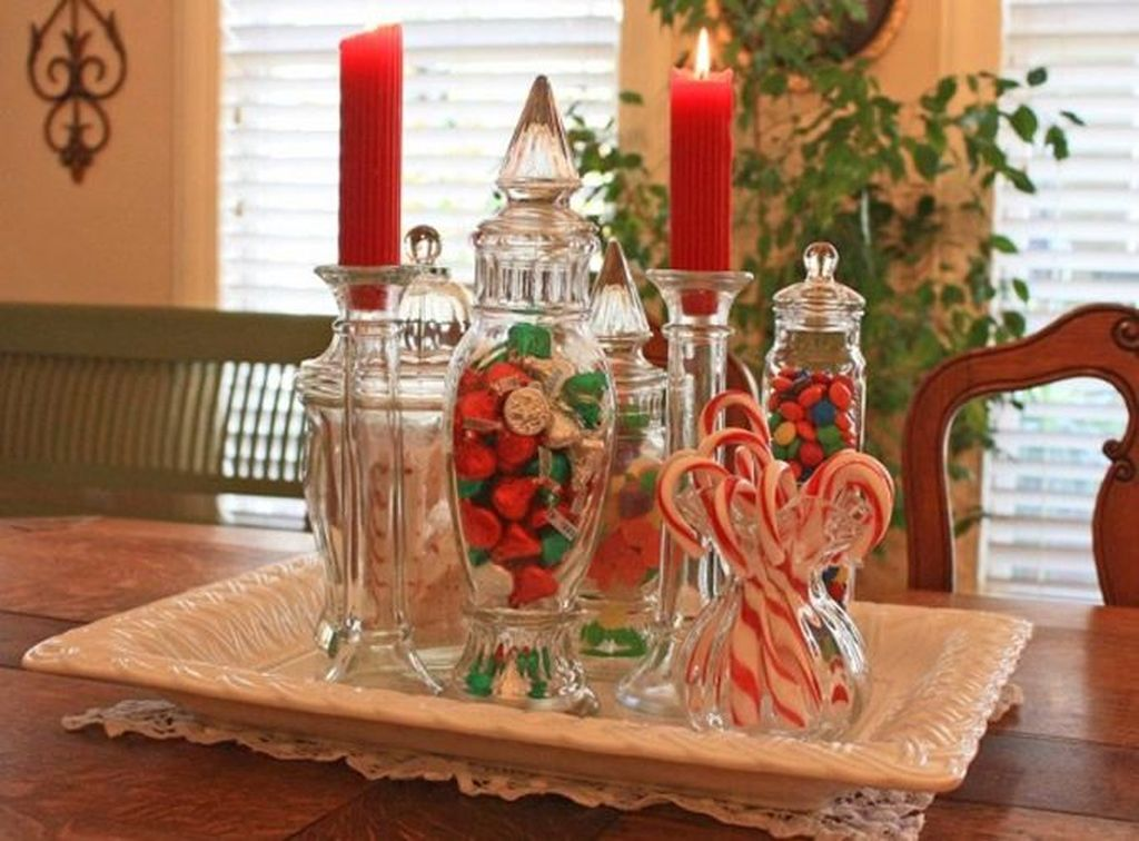Popular Christmas Decor Ideas For Kitchen Island 10
