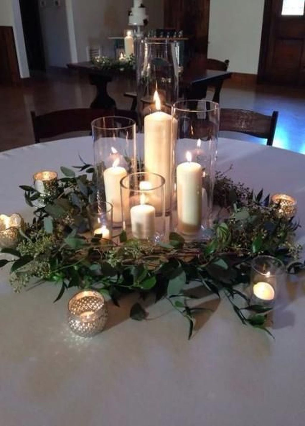 Popular Winter Table Centerpieces Ideas Best For Wedding 06
