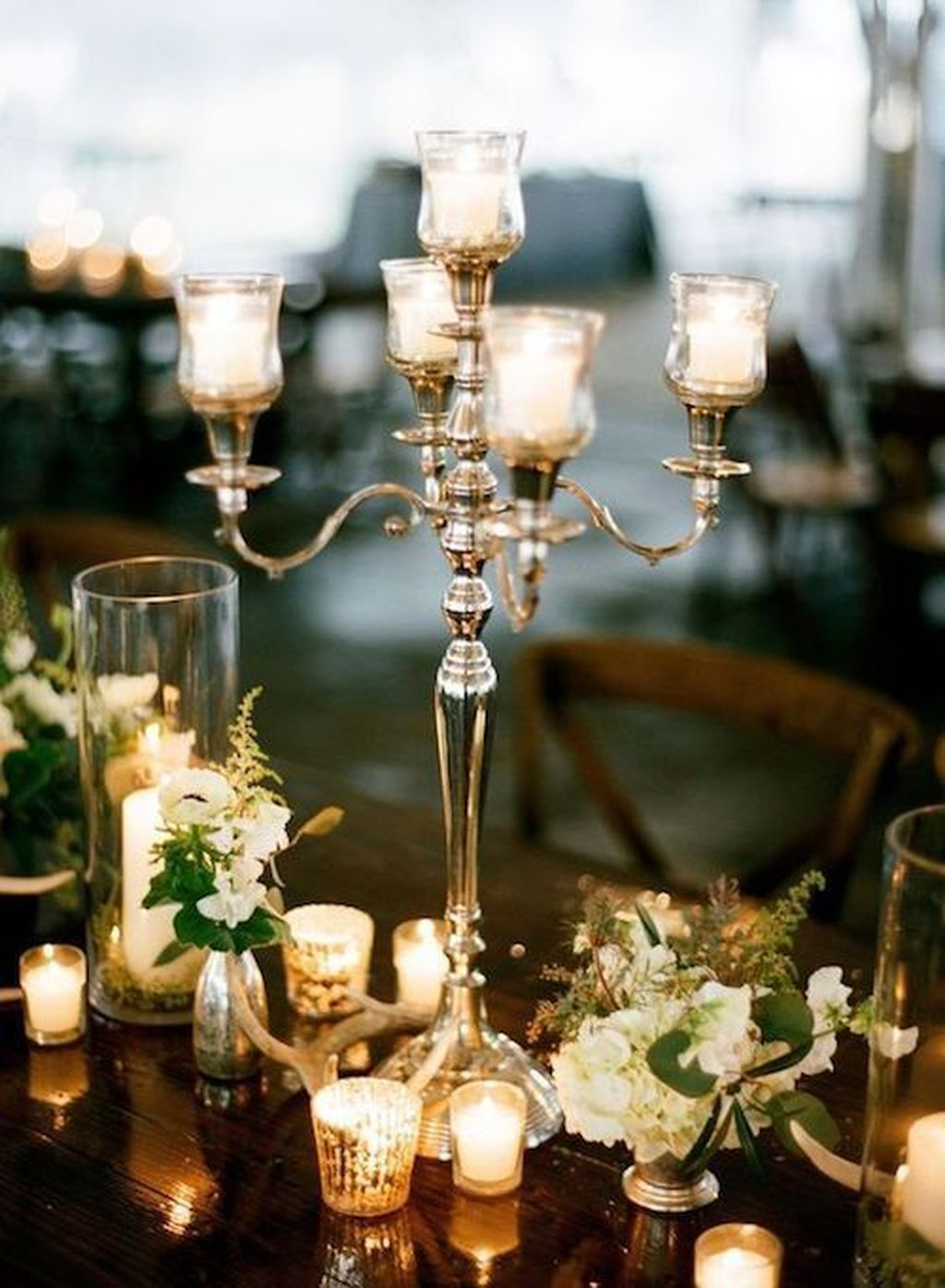 Popular Winter Table Centerpieces Ideas Best For Wedding 22