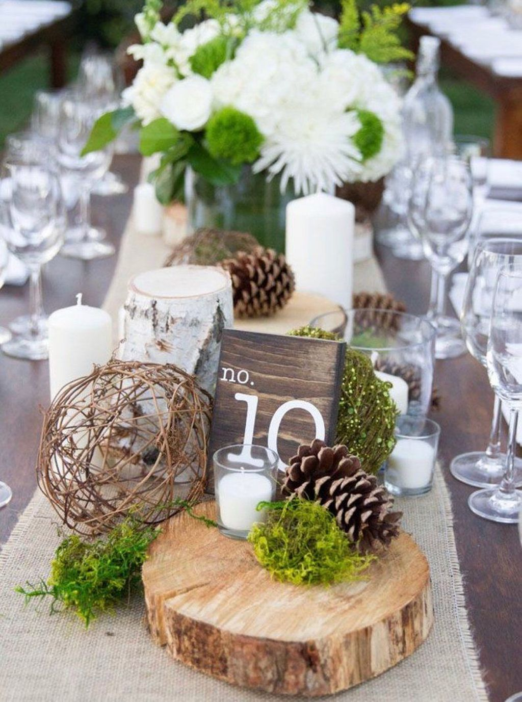 Popular Winter Table Centerpieces Ideas Best For Wedding 24