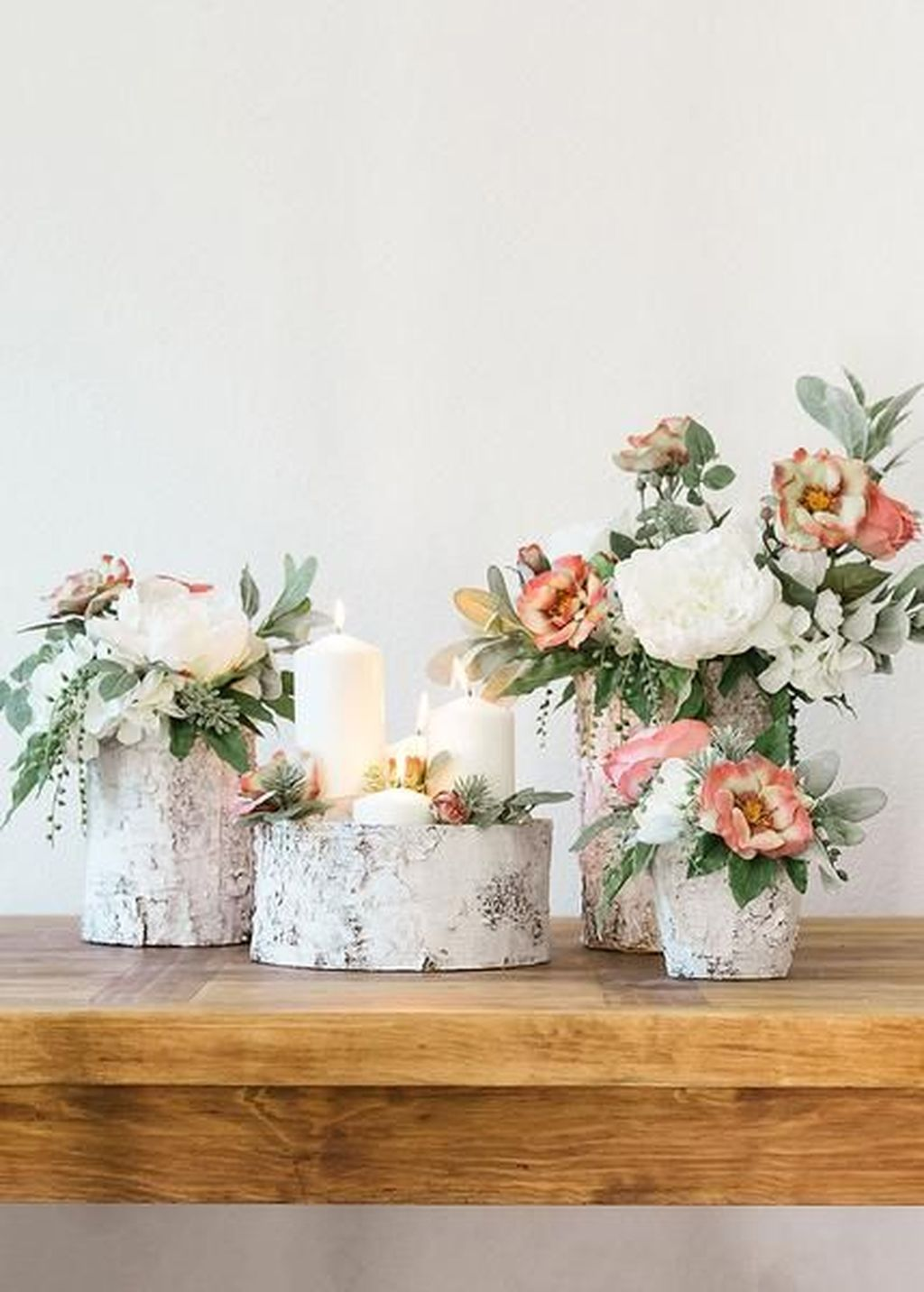Popular Winter Table Centerpieces Ideas Best For Wedding 33