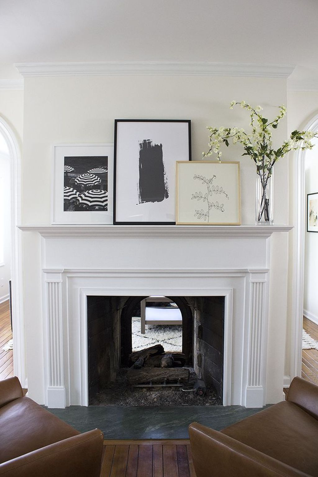 Stunning Fireplace Mantel Decor Ideas You Should Copy Now 12