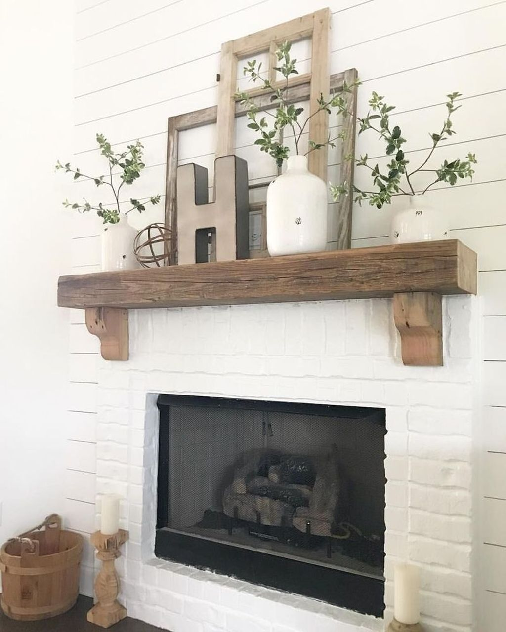 Stunning Fireplace Mantel Decor Ideas You Should Copy Now 14