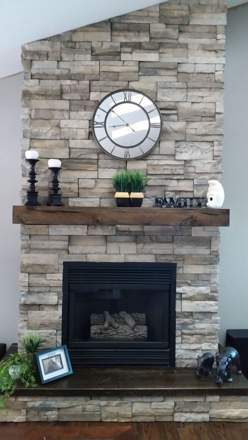 Stunning Fireplace Mantel Decor Ideas You Should Copy Now 15