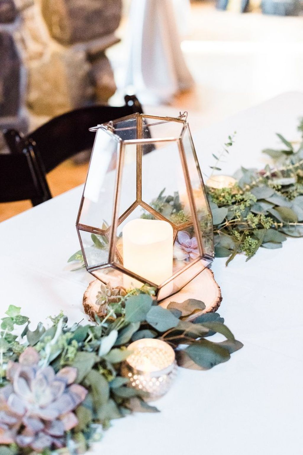 Stunning Winter Lantern Centerpieces For Wedding 18