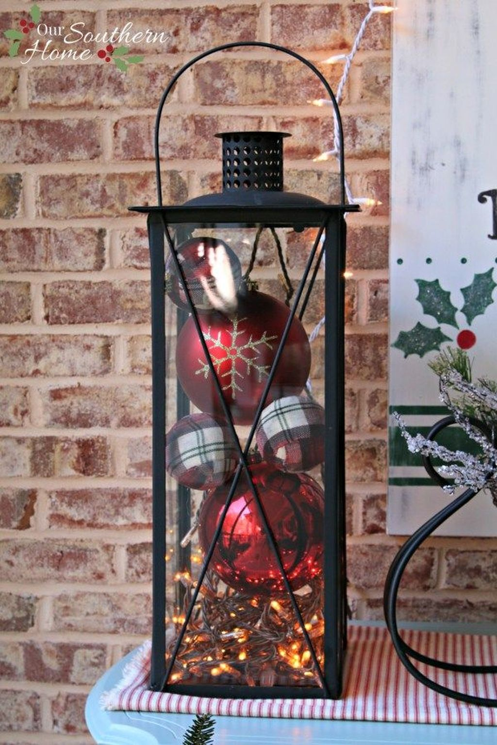 The Best Christmas Lanterns Outdoor Ideas Best For Front Porches 17