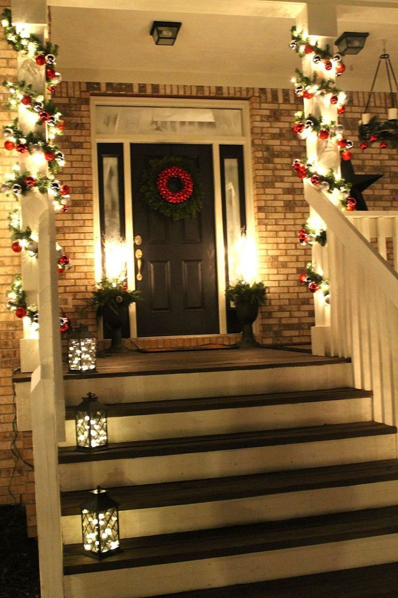 The Best Christmas Lanterns Outdoor Ideas Best For Front Porches 30