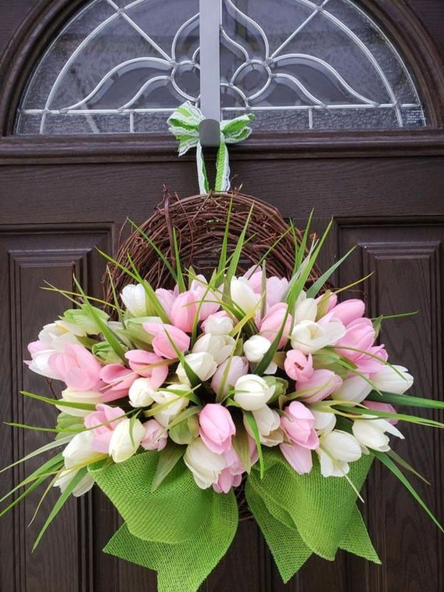 Fabulous Valentine Wreath Design Ideas FOr Your Front Door Decor 33