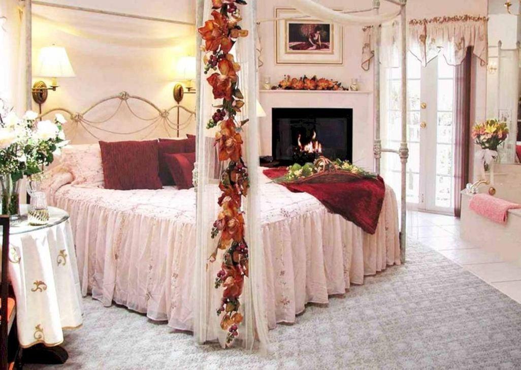 Gorgeous Romantic Valentine Bedroom Decoration Ideas 10
