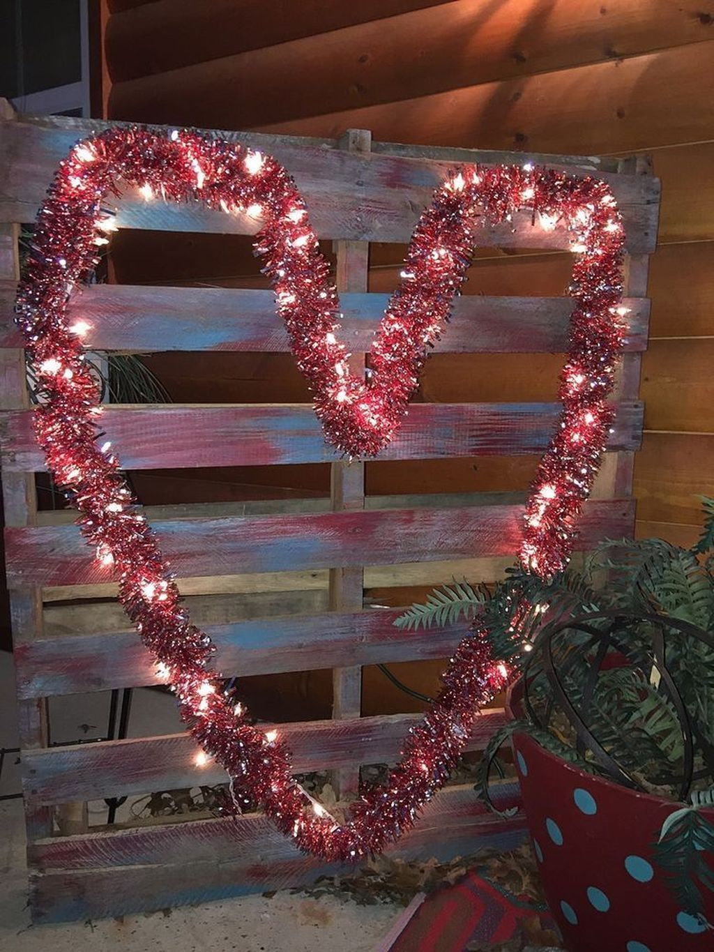 Inspiring Outdoor Valentine Decor Ideas That You Definitely Like 03