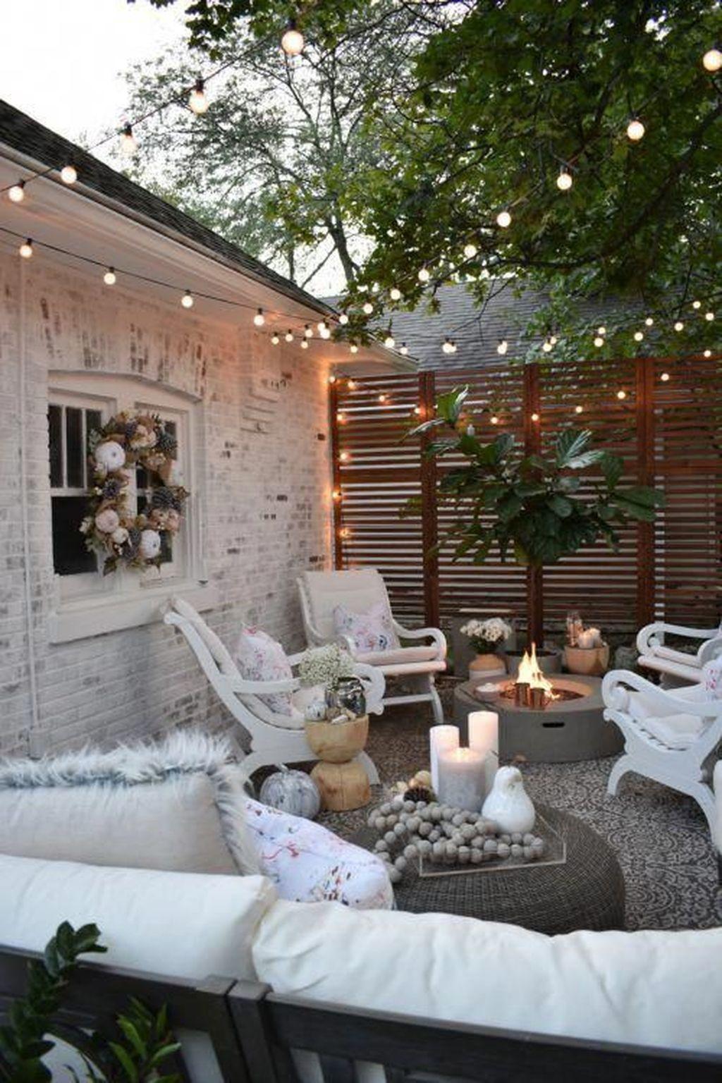 The Best Romantic Backyard Decorating Ideas 03