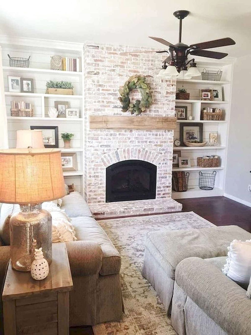 Beautiful Modern Farmhouse Fireplace Ideas You Must Have 09