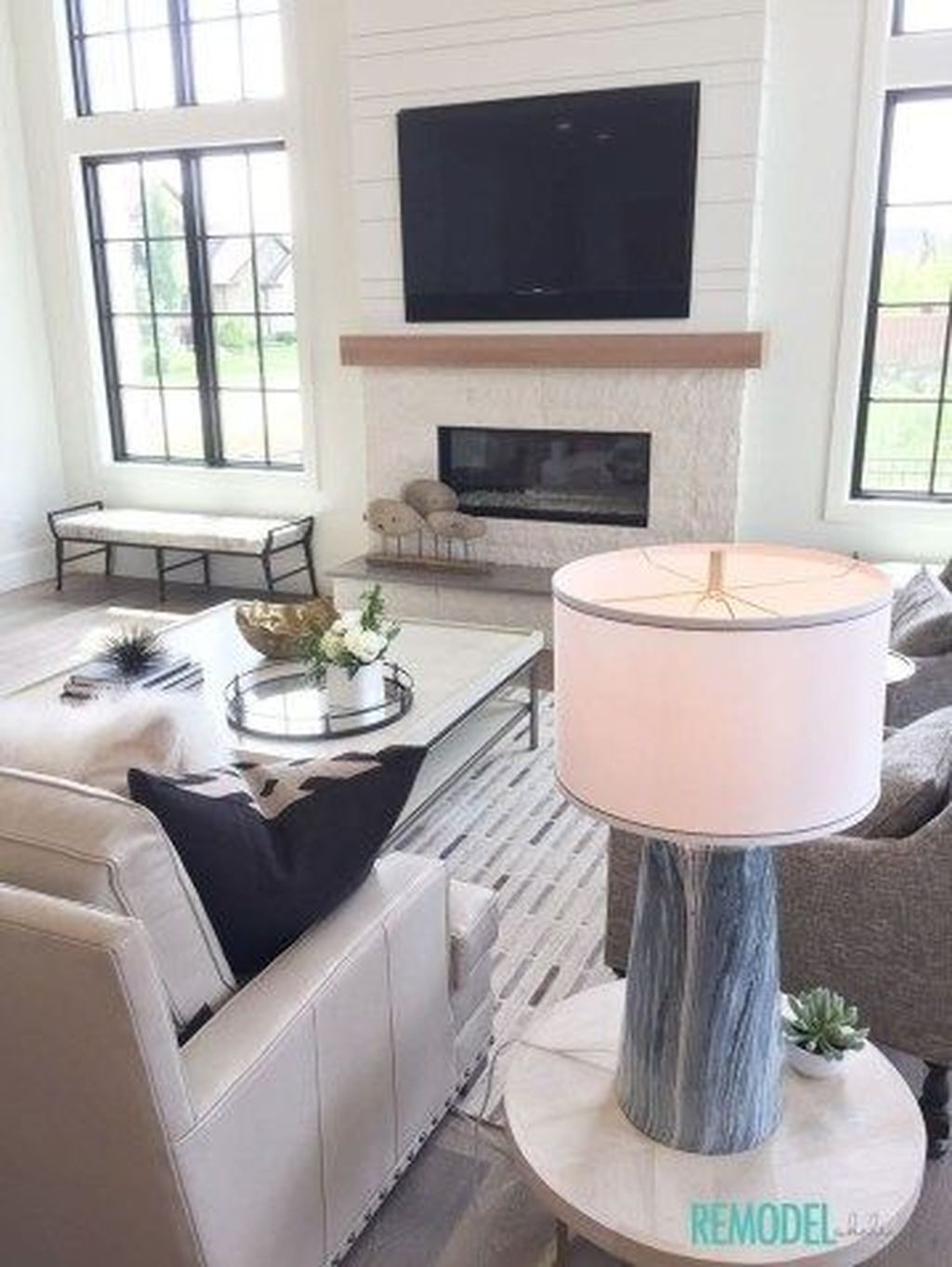 Beautiful Modern Farmhouse Fireplace Ideas You Must Have 18