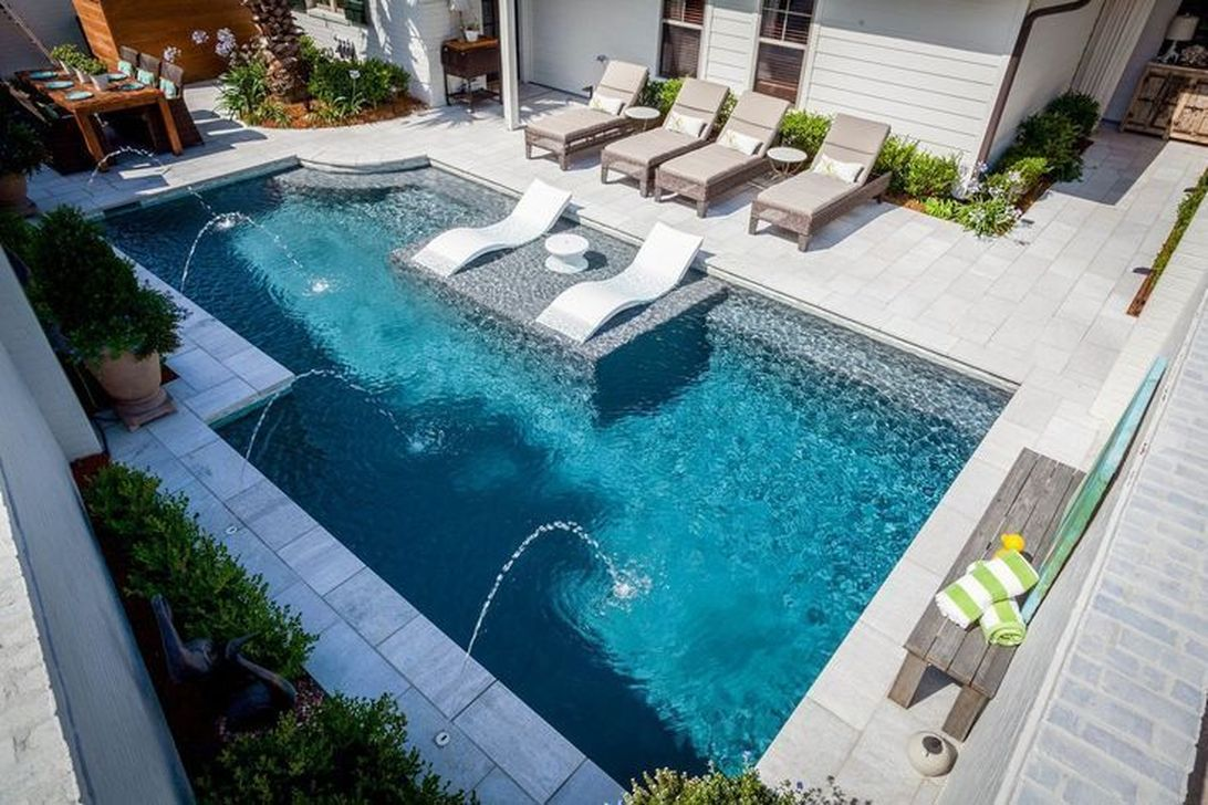 Beautiful Small Pool Backyard Landscaping Ideas Best For Spring And Summertime 17