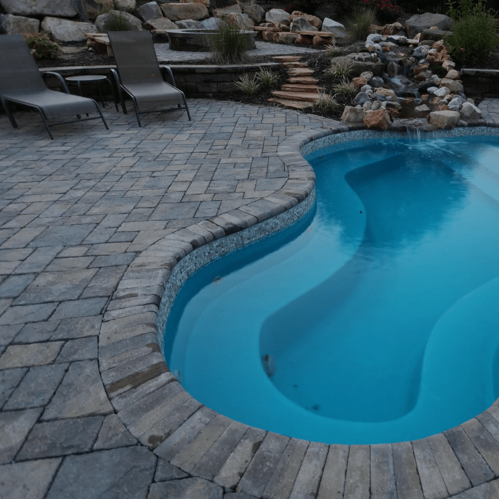 Beautiful Small Pool Backyard Landscaping Ideas Best For Spring And Summertime 38