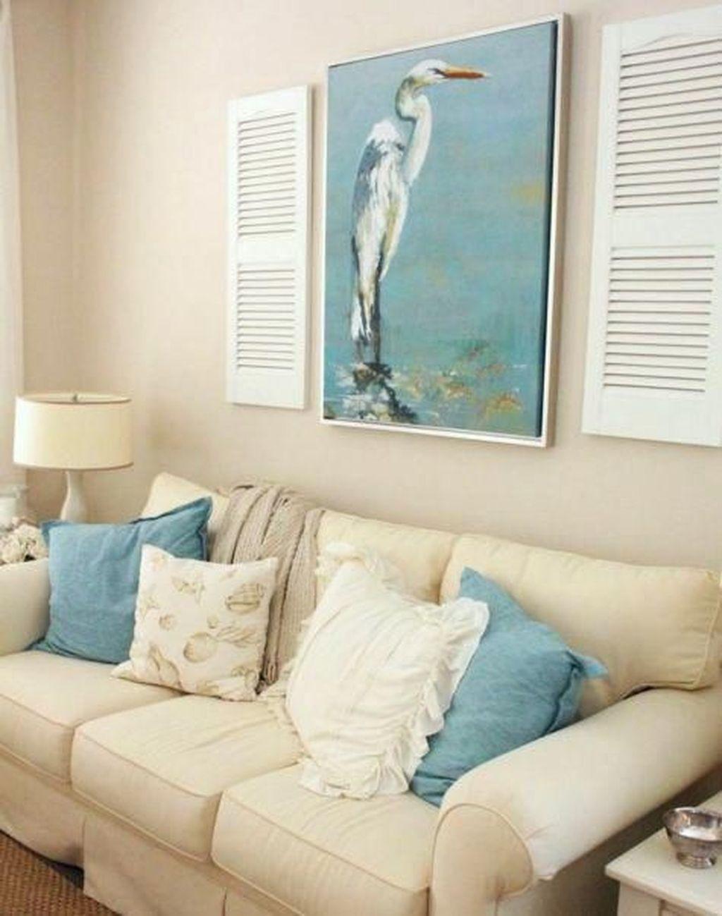 Inspiring Nautical Wall Decor Ideas For Living Room 02
