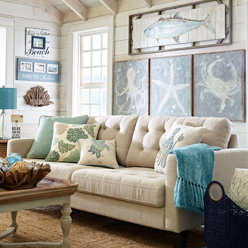 Inspiring Nautical Wall Decor Ideas For Living Room 16