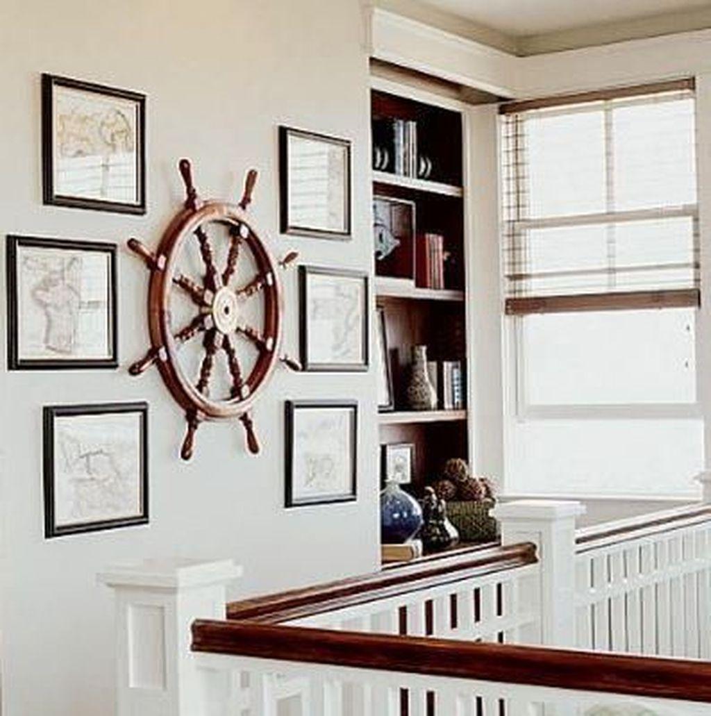Inspiring Nautical Wall Decor Ideas For Living Room 28