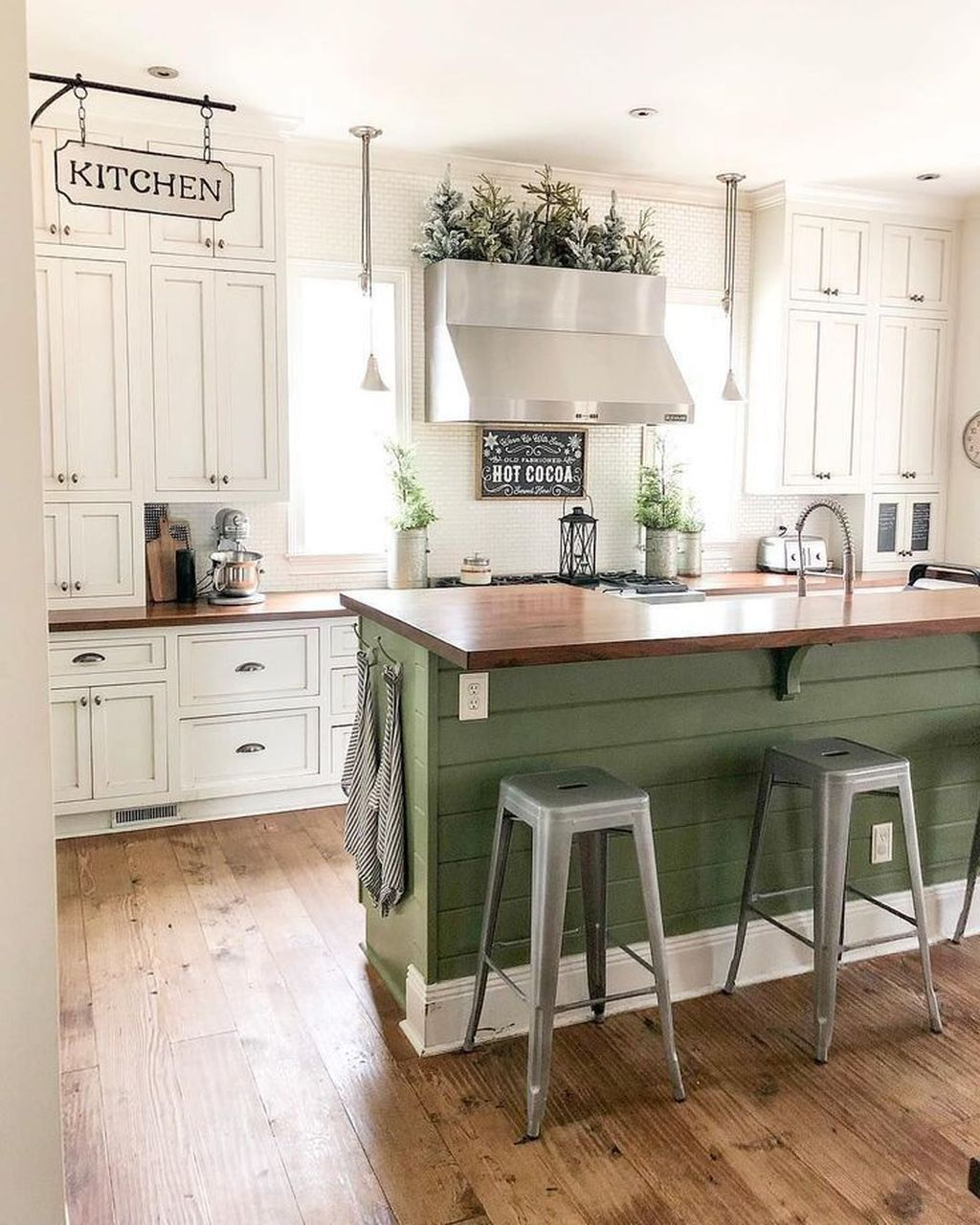 Popular Traditional Kitchen Ideas With Farmhouse Style 03