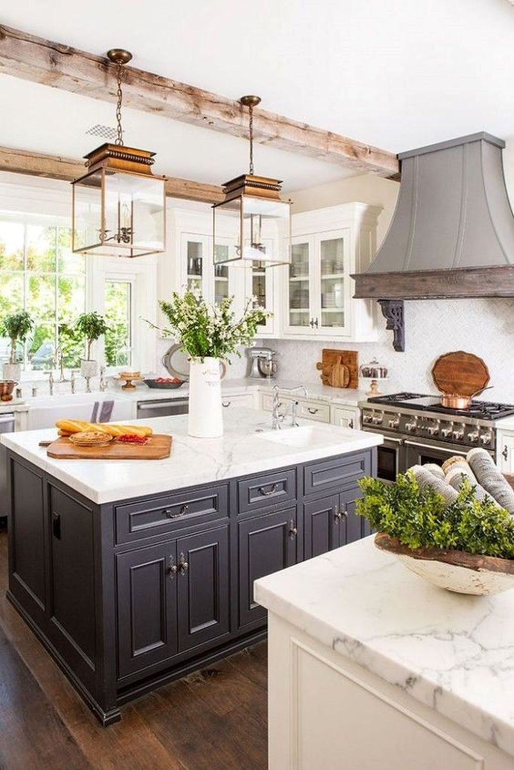 Popular Traditional Kitchen Ideas With Farmhouse Style 19