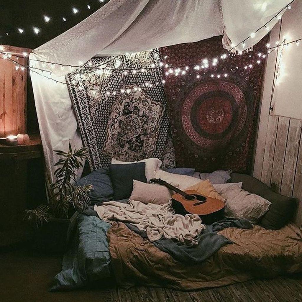 Stunning Hippie Room Decor Ideas You Never Seen Before 41