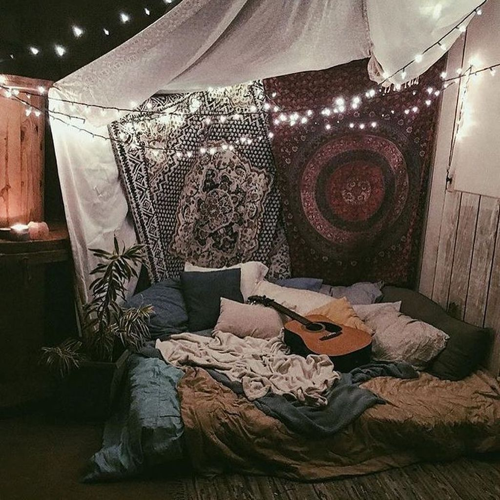 Stunning Hippie Room Decor Ideas You Never Seen Before 41