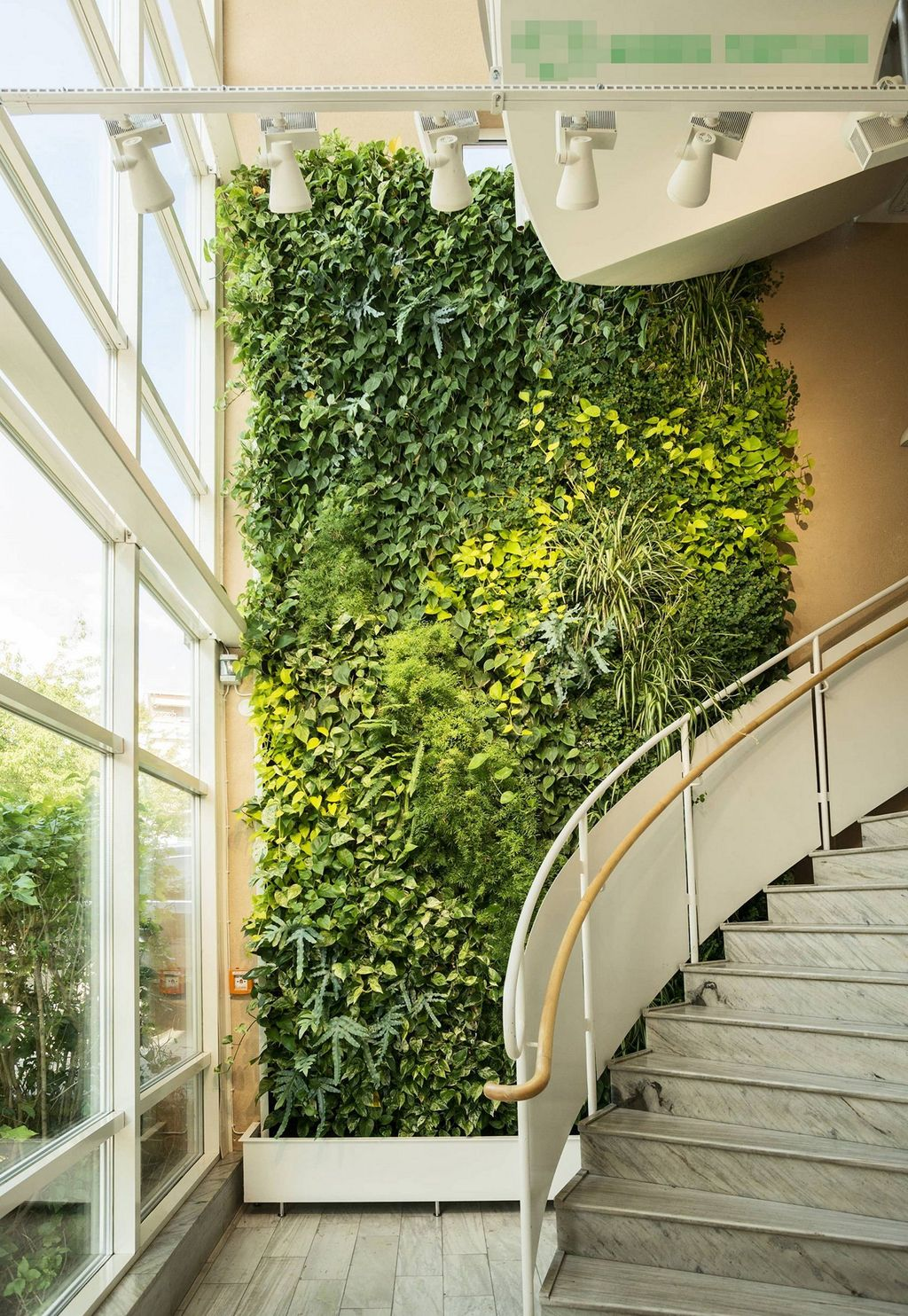 Amazing Living Wall Indoor Decoration Ideas 04