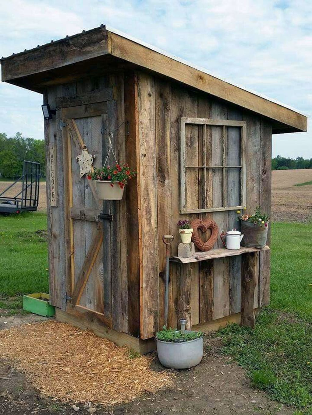 Awesome Backyard Shed Landscaping Ideas 29