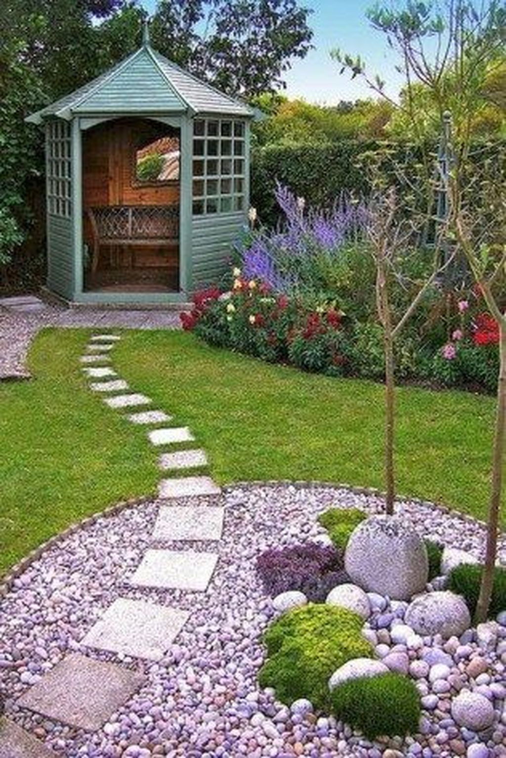 Beautiful Spring Backyard Landscape Ideas You Should Copy 08