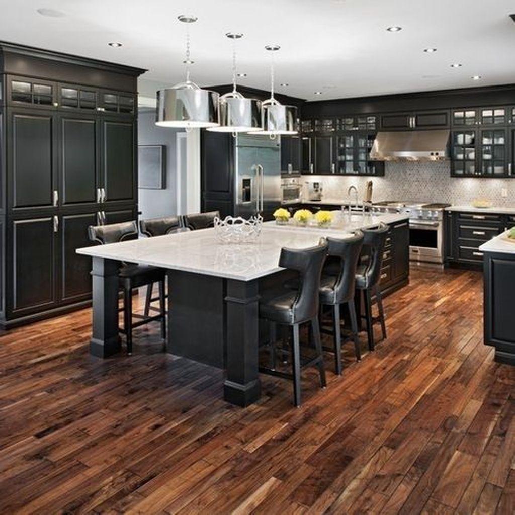 Fabulous Black And White Wood Kitchen Design Ideas 03
