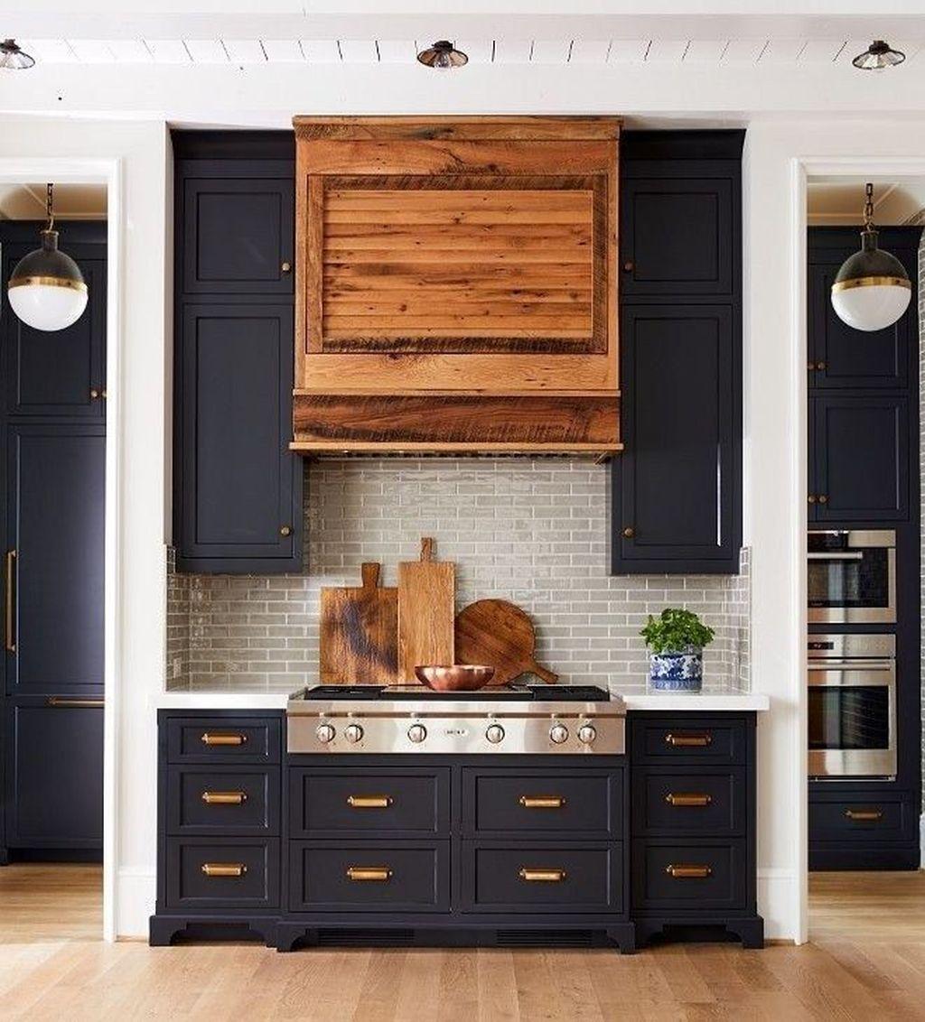 Fabulous Black And White Wood Kitchen Design Ideas 27
