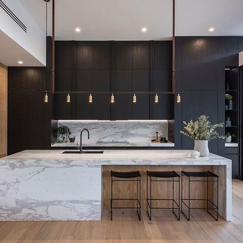 Fabulous Black And White Wood Kitchen Design Ideas 30