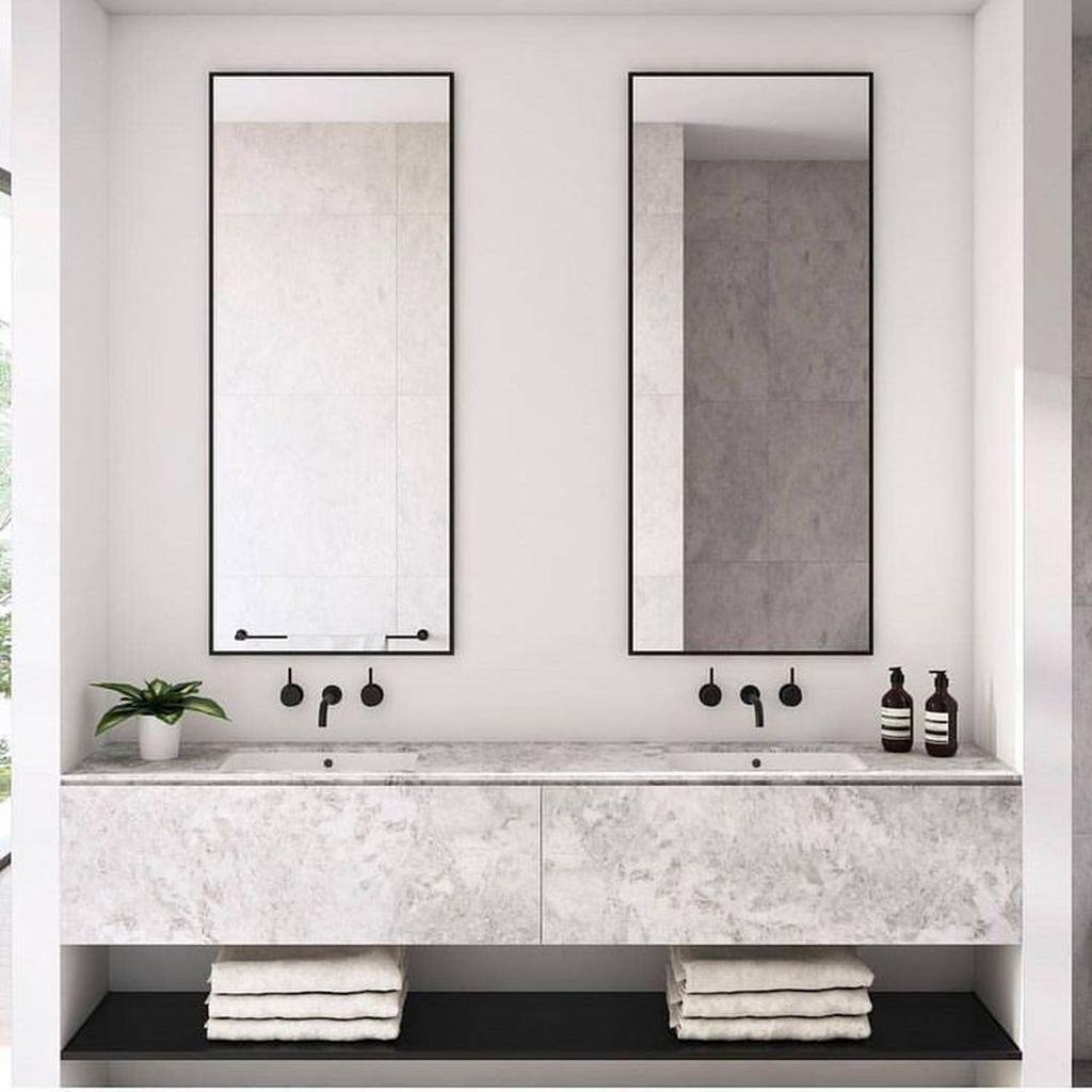 Fascinating Minimalist Bathroom Decoration Ideas 16