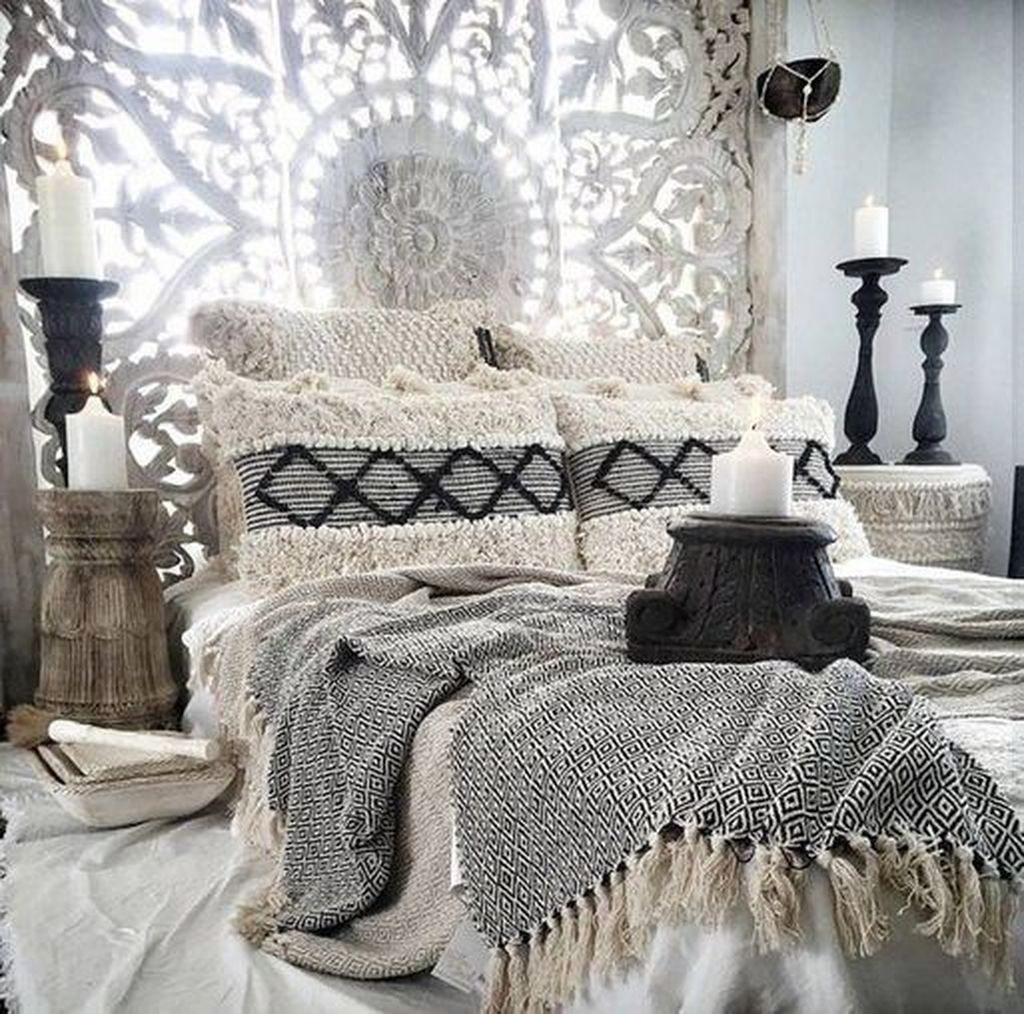 Gorgeous Bohemian Bedroom Decor Ideas You Can Try 15