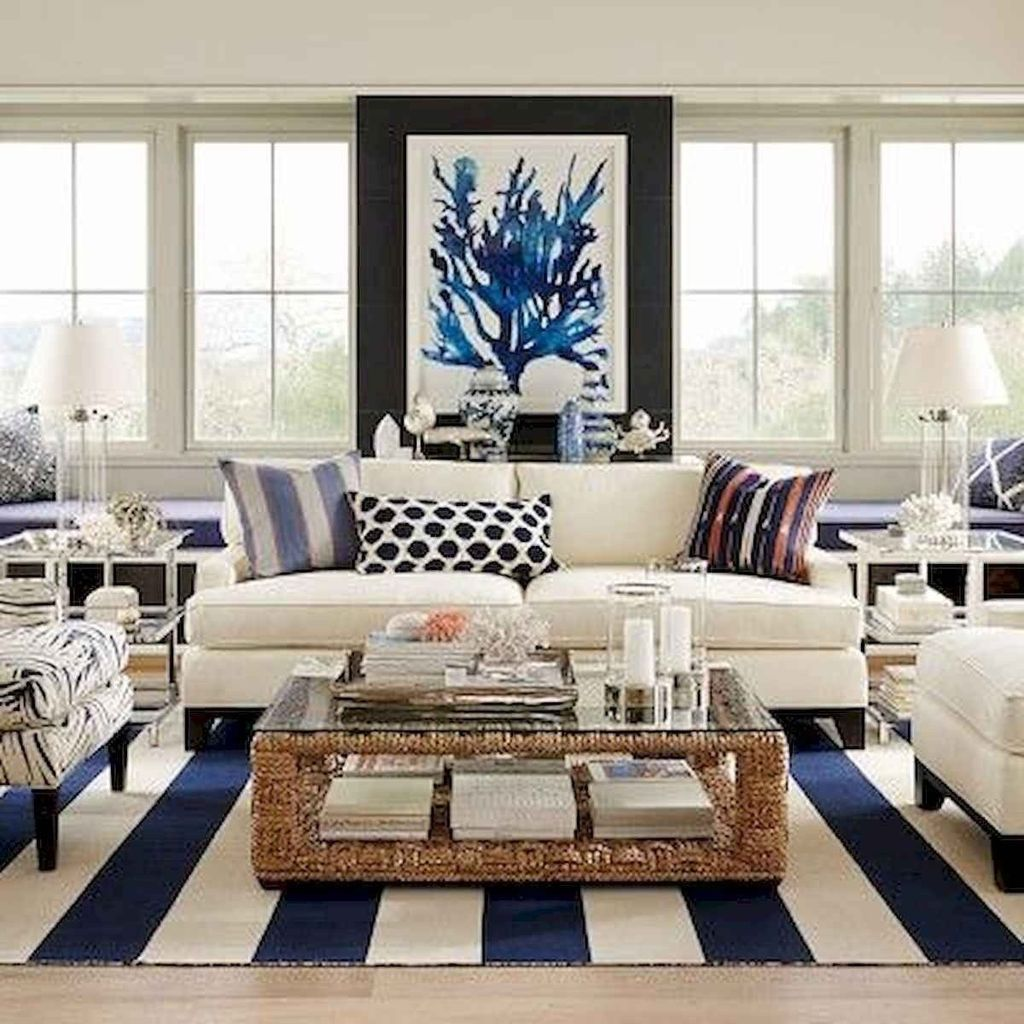 Inspiring Beachy Farmhouse Living Room Decor Ideas 24