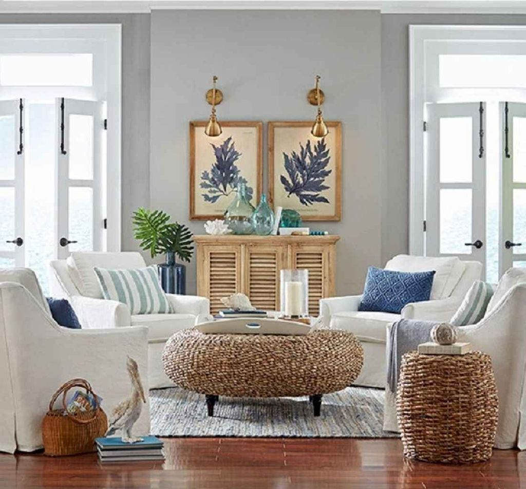 Inspiring Beachy Farmhouse Living Room Decor Ideas 30