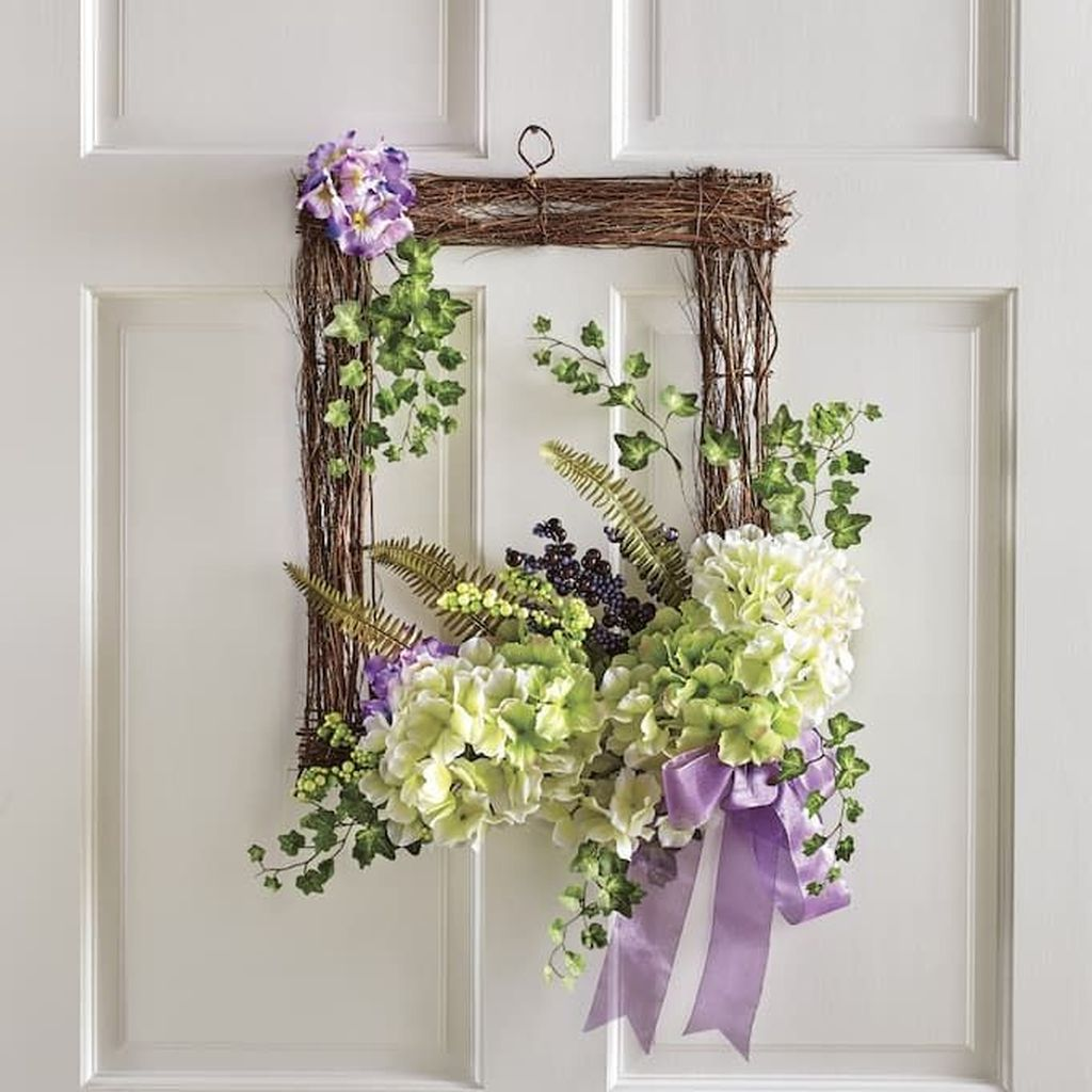 Inspiring Spring Door Wreaths For Your Home Decoration 22