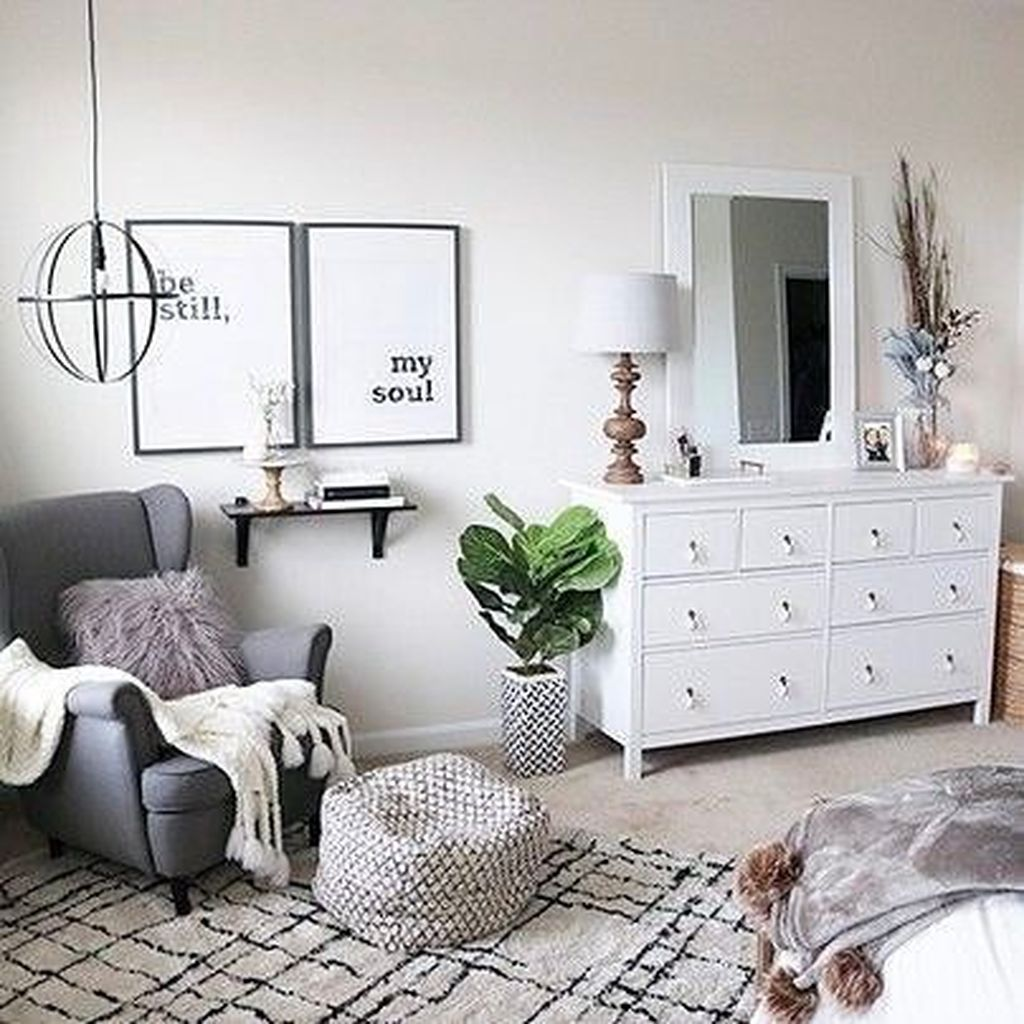Lovely Simple Bedroom Decor Ideas That You Should Try 08