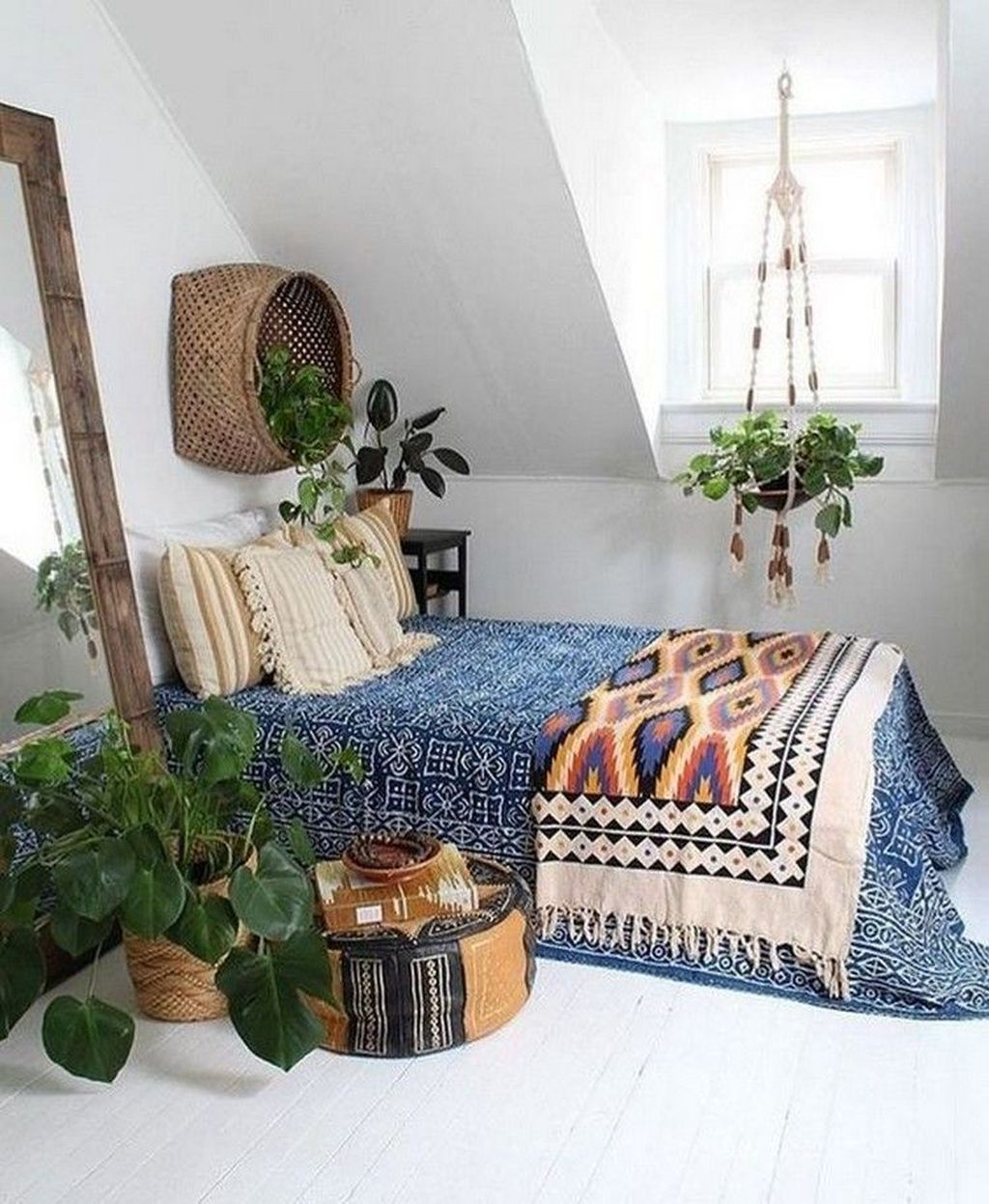 Lovely Simple Bedroom Decor Ideas That You Should Try 10