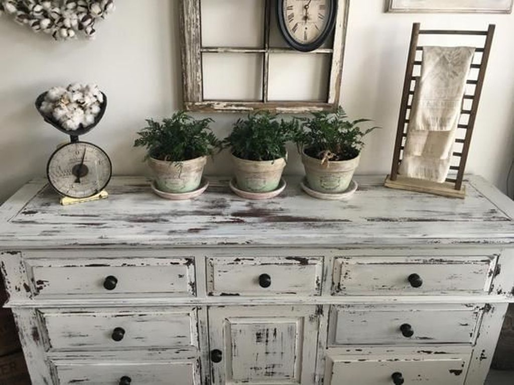 Popular Distressed Furniture Ideas To Get A Vintage Accent 06