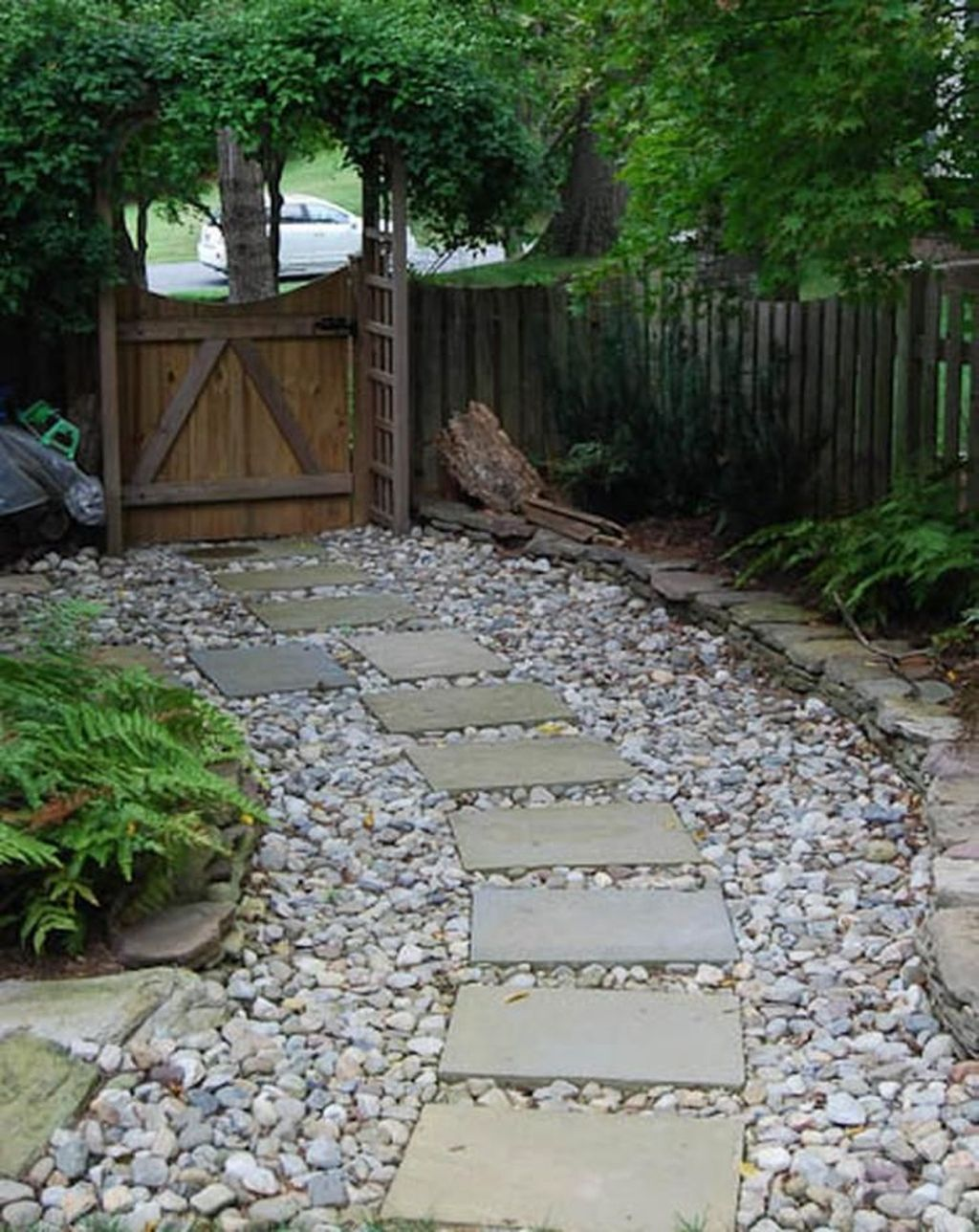 Stunning Stepping Stones Pathway Design Ideas 32