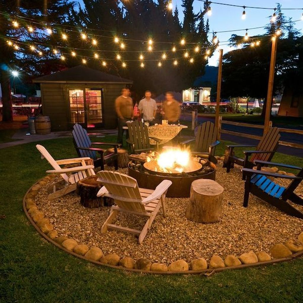 Admirable Cozy Patio Design Ideas To Relaxing On A Sunny Day 23