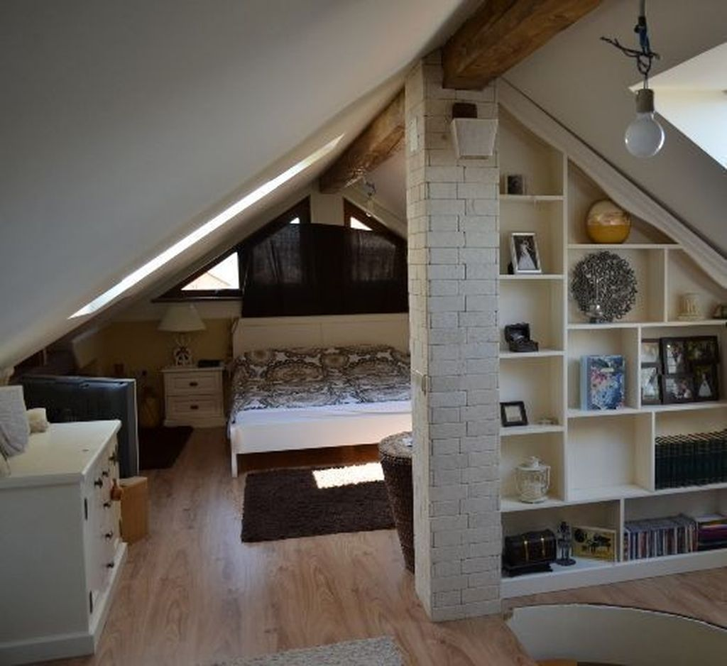 Awesome Attic Bedroom Decorating Ideas You Will Love 09