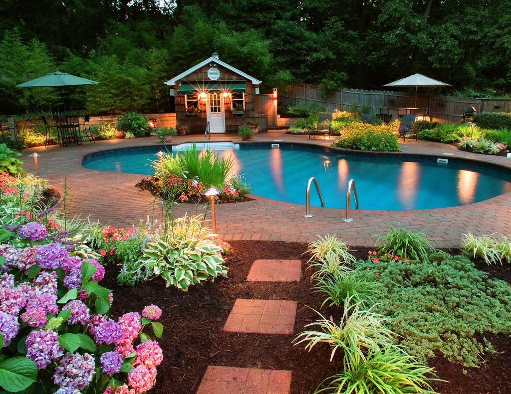 Fabulous Backyard Pool Landscaping Ideas You Never Seen Before 02