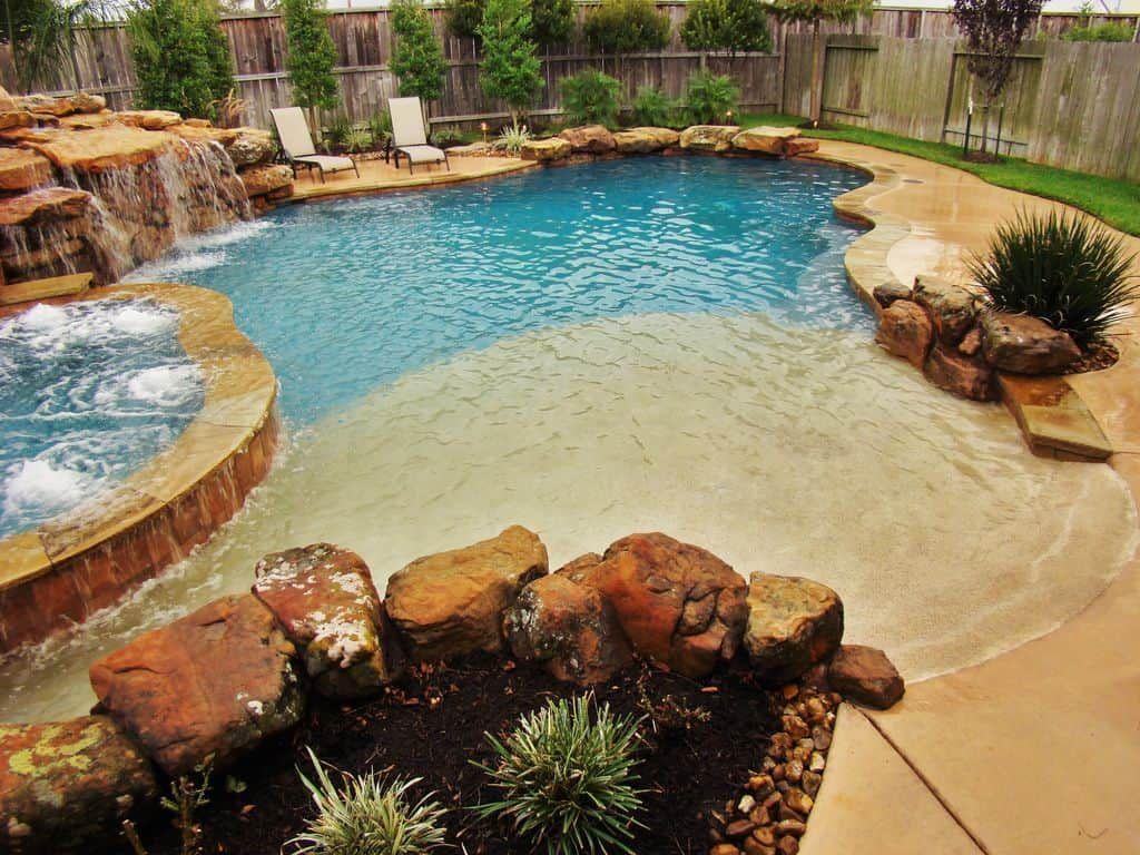 Fabulous Backyard Pool Landscaping Ideas You Never Seen Before 08