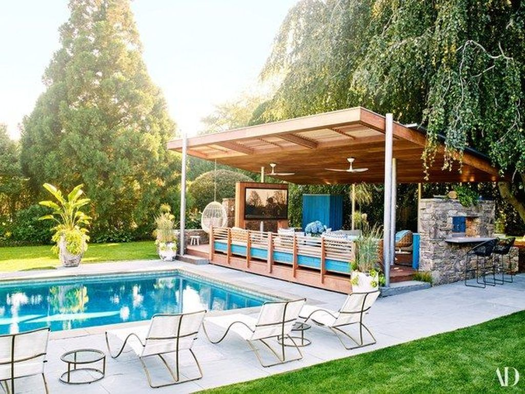 Fabulous Backyard Pool Landscaping Ideas You Never Seen Before 15