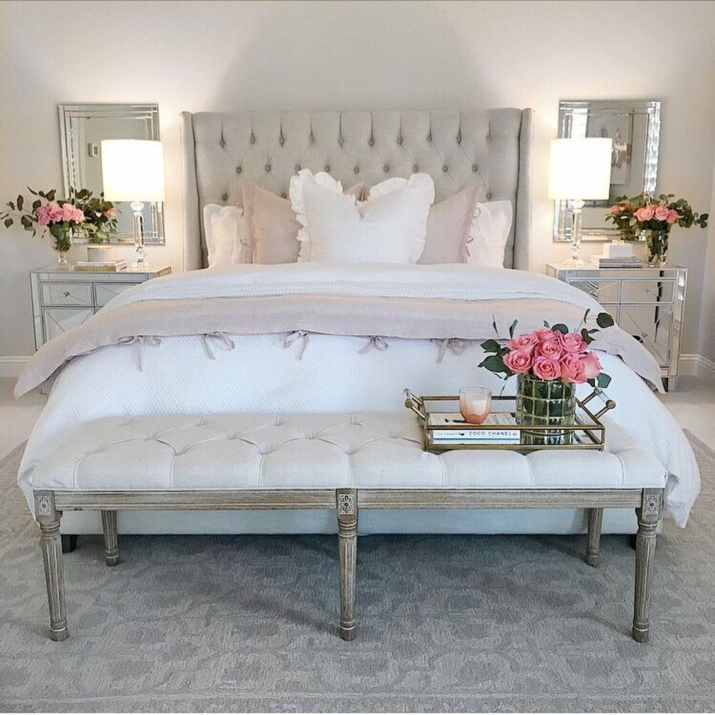 Lovely Spring Bedroom Decor Ideas Trending This Year 07