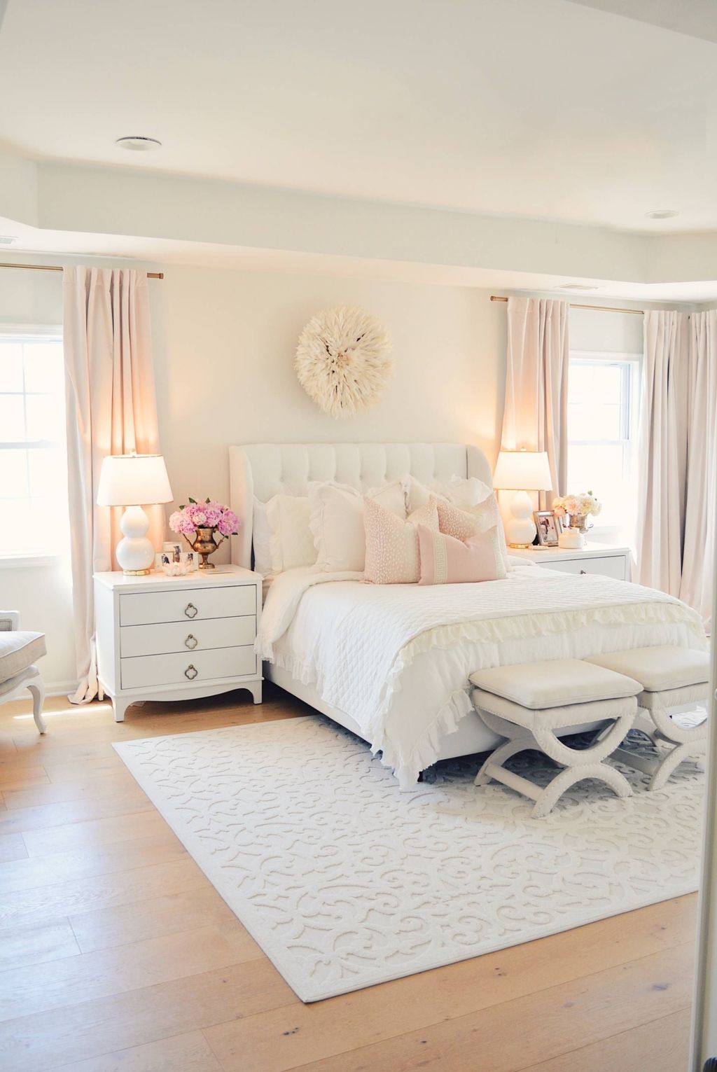 Lovely Spring Bedroom Decor Ideas Trending This Year 12